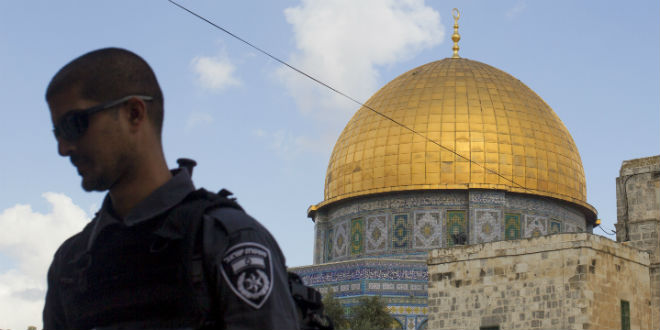 Minister Admits Government Discriminates Against Jews on Temple Mount